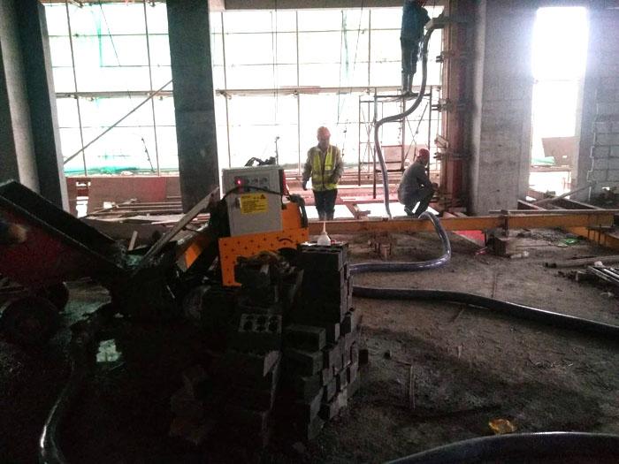 二次结构柱输送泵厂家施工现场
