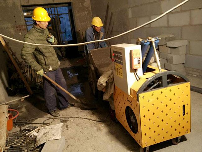 二次结构泵施工现场