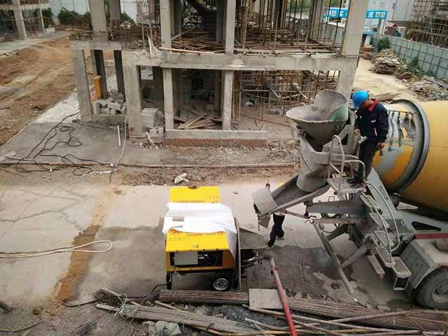 小型细石混凝土泵施工