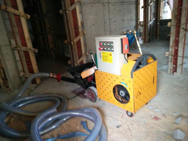 优质小型混凝土输送泵