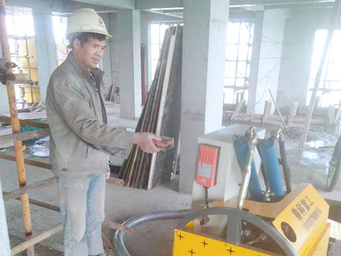 二次构造柱泵浇筑机合作振华建设赵库地区安置房(金熹园)项目