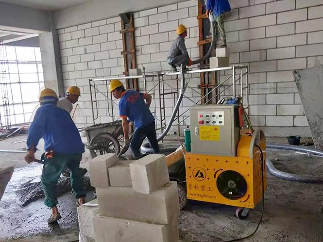 二次结构上料泵合作上海建工桃浦科技智慧城605地块项目